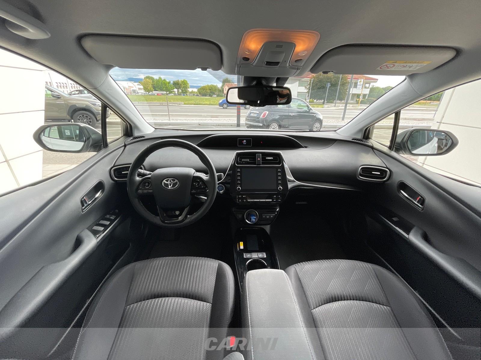 CARINI Toyota Prius
